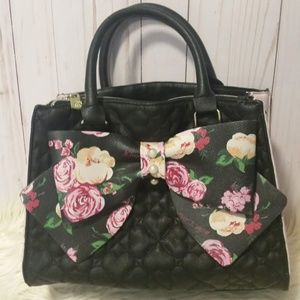 Betsey Johnson Black Heart Quilted Purse